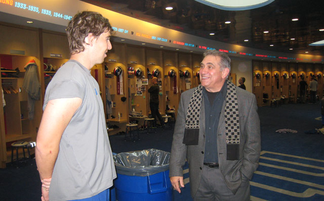 Eli Manning and Dan Lauria